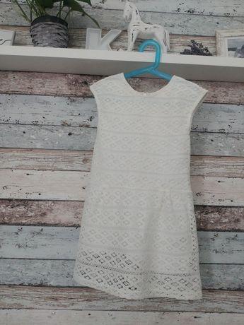 Sukienka gipiura 122
