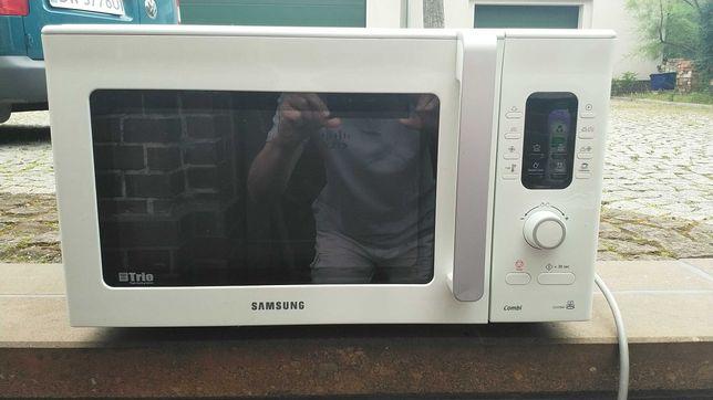 Kuchenka mikrofalowa Samsung CE107BAF, grill, rozmrażanie
