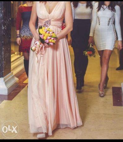Подам свадебное воздушное платье
