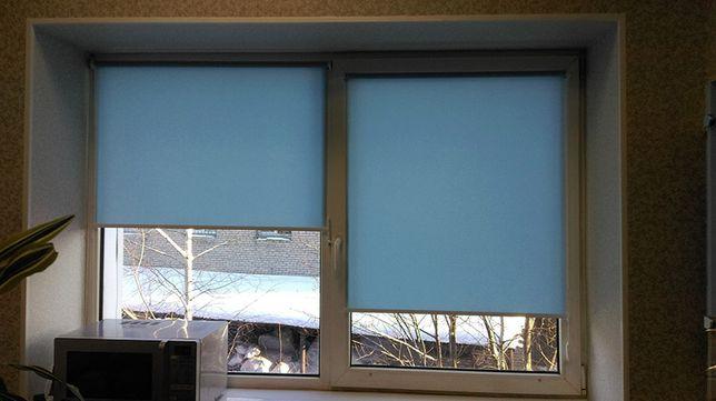 Ролетка рулонная штора голубого цвета. Доступная цена на новые жалюзи