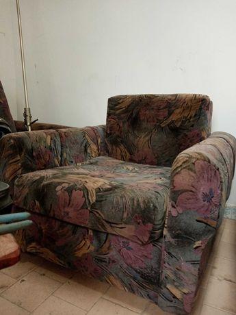 Fotele wypoczynkowe.