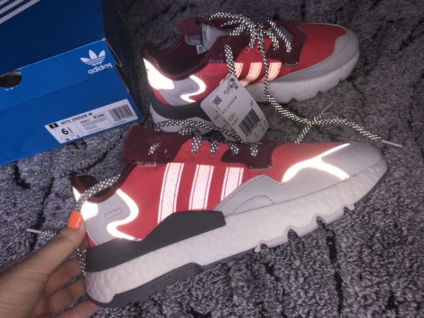 Кроссовки женские Adidas NITE JOGGER Shoes