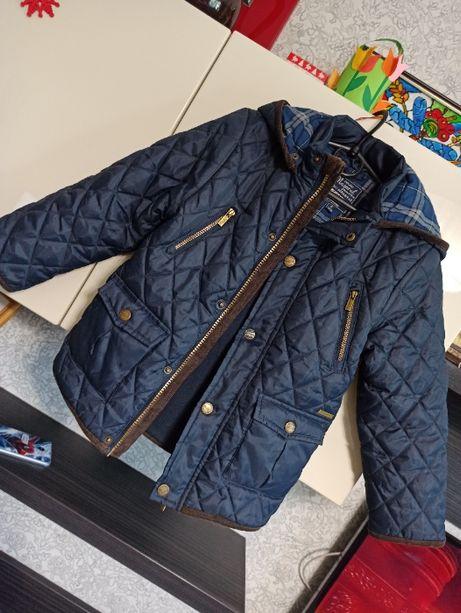 Фирменная стеганная демисезонная курточка куртка 6 лет / 116см
