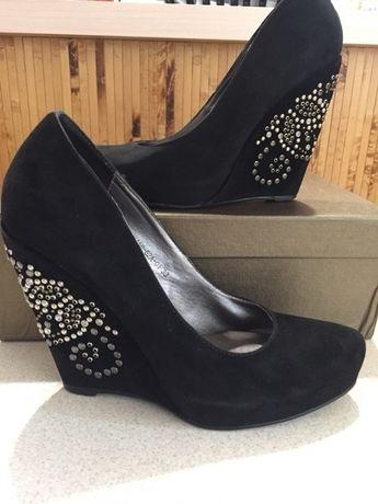 Замшевые туфли - 38 размер