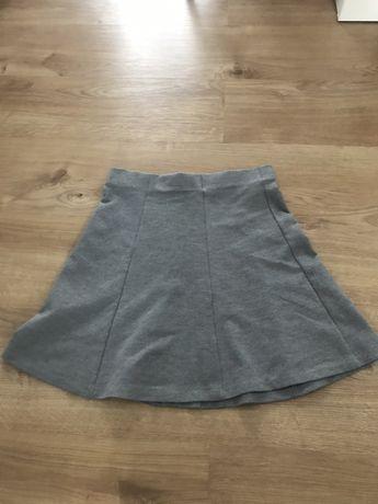 Szara rozkloszowana spodnica z kola Orsay S