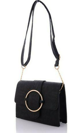 Стильная жен.сумка сред.р-ра с ремешком на цепочке,кнопка-магнит