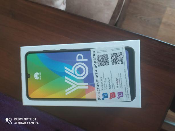 Продам телефон Huawei Y6p