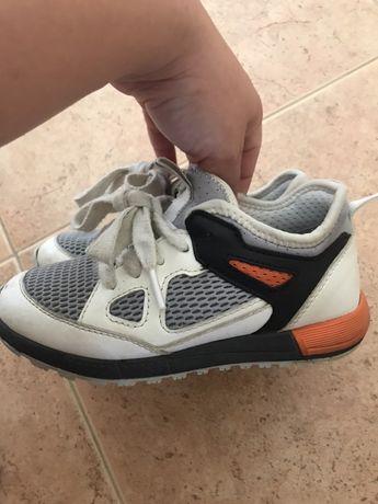 Tenis/ sapatilhas Geox de menino