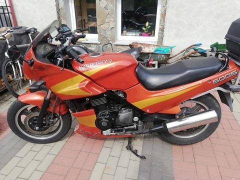Kawasaki GPZ-500