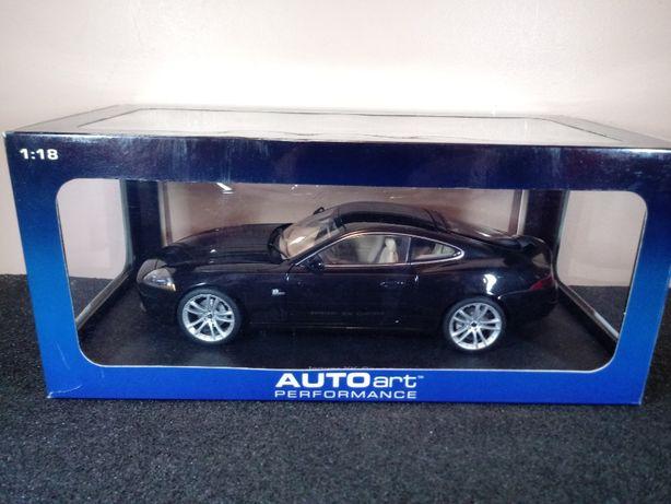 1/18 Autoart Jaguar XK coupe model kolekcja