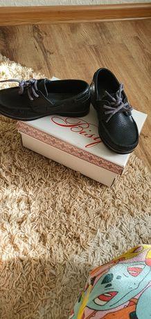 Туфли детские кожанные