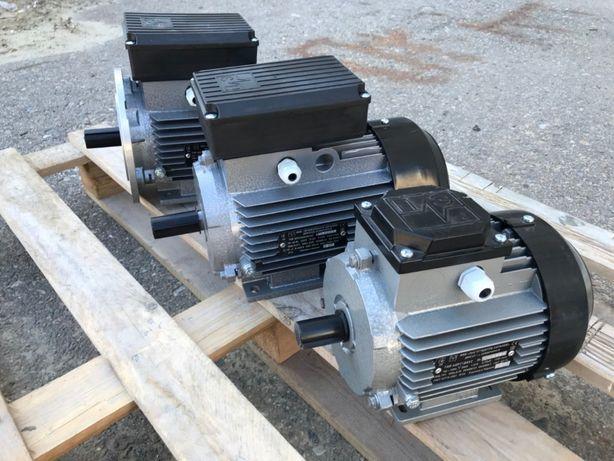 Электродвигатель, трехфазный, однофазный, електродвигун, лапа, фланец