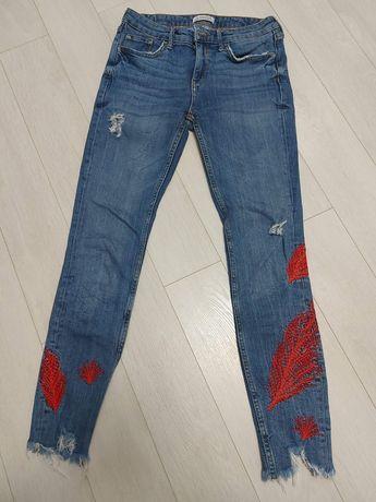 Фирменные  джинсы размер 26, 28,
