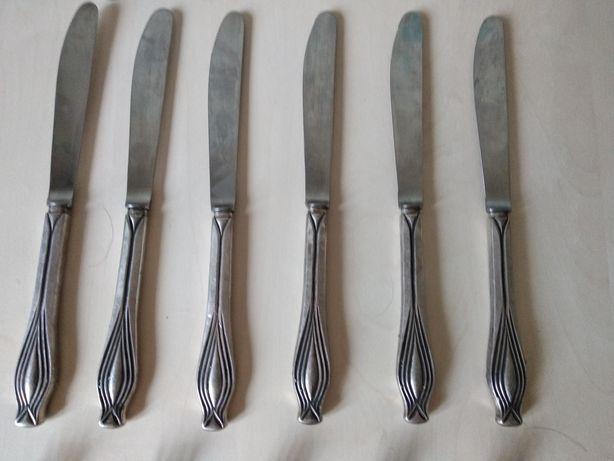 Продам шесть ножей мельхиоровых. Длина - 20см.