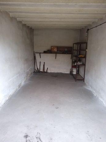 Garaż murowany suchy  Katowice Żeliwna