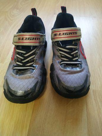 Мигающие кроссовки Skechers, размер 30