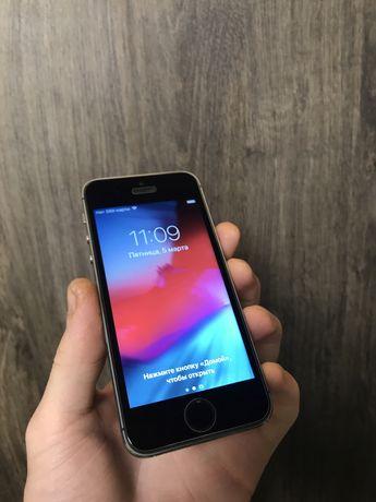 Iphone 5c/5s Space gray отличое состяоние /все работает /комплект/