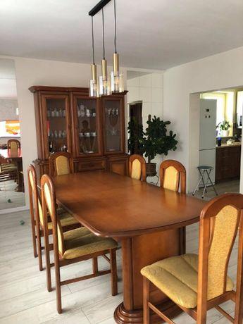 Drewniany, rozkładany stół + 8 krzeseł