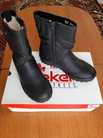 Взуття REIKER Швейцарія НОВІ чобітки сапожки черевики півчобітки зимов