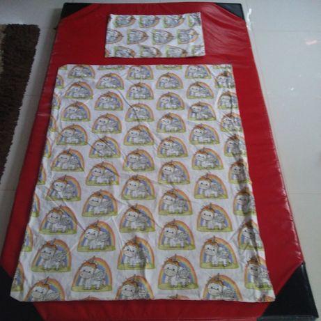 Poszewki/poszeweczki na poduszeczke i kołderke