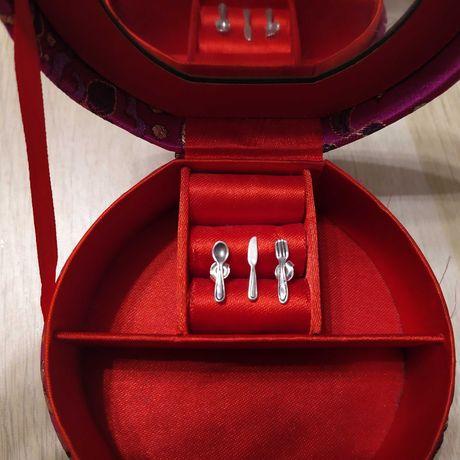 Piękne srebrne kolczyki sztućce widelec łyżka nóż