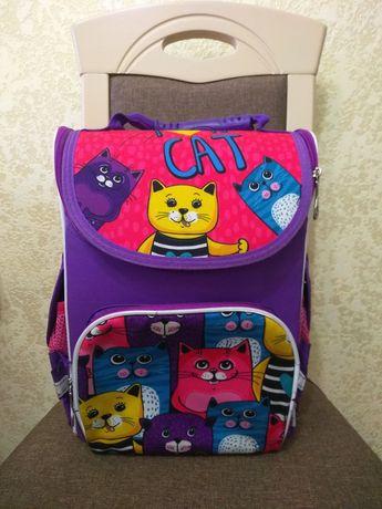 Рюкзак каркасный, портфель