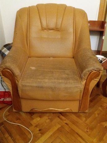 Продам розкладне крісло