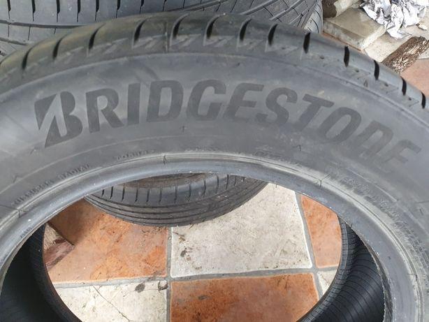 Opony Bridgestone Turanaza T005 215/60 R17 prawie nowe FV23%