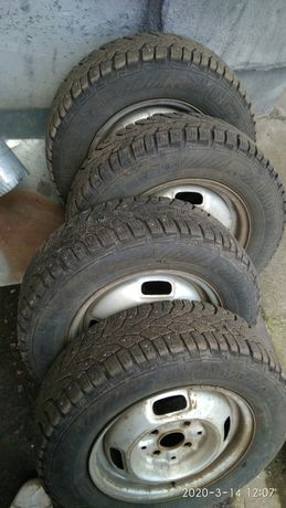 175/70 R13 Gislaved nord frost 100