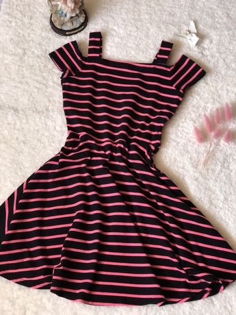 Летнее яркое платьице-сарафан для модниц от KIABI