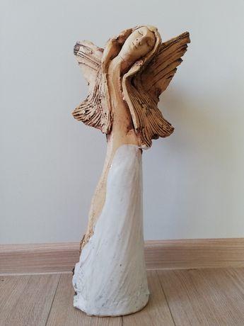 Anioł ceramiczny duży