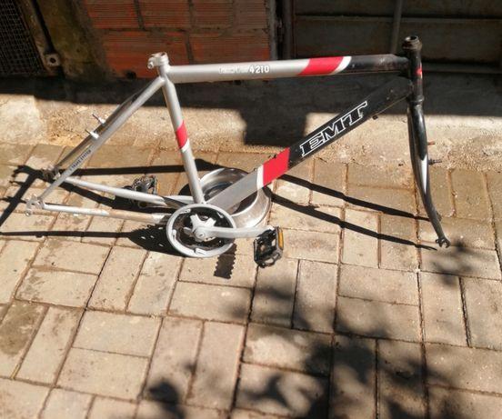 Material para Bicicletas, Quadros, rodas e outros