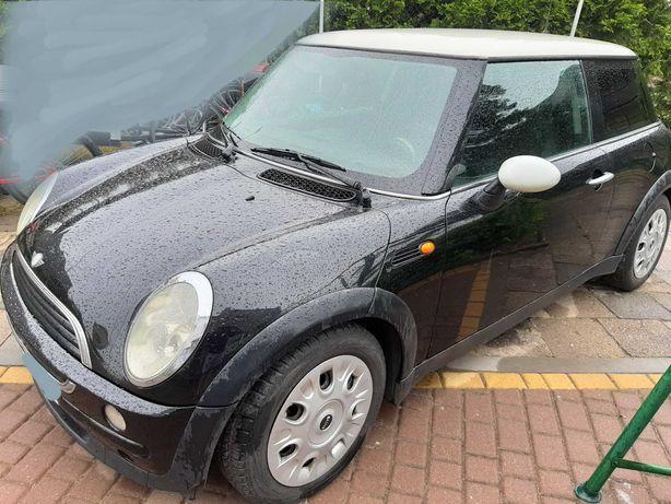 Czarny Mini One 1,6 gaz Mini Cooper r50 Opłaty do 2022