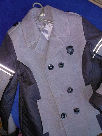 Пальто мужское 46 размер
