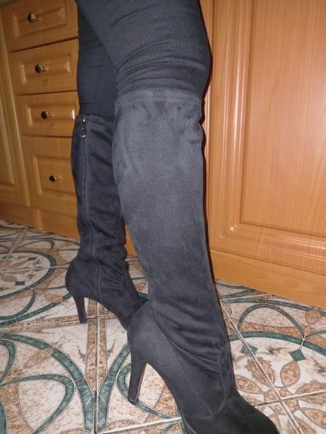 Сапоги, сапожки, ботинки, ботінки, чоботи, ботфорты, ботфорти.