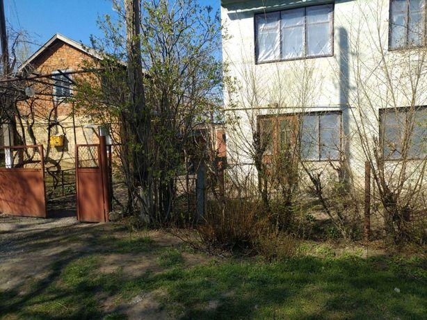продам квартира техкомнатная двухуровневая +дом
