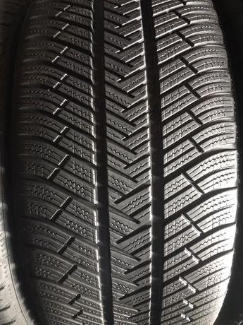 295/40/20+265/45/20 R20 Michelin Latitude Alpin LA4 4шт зима