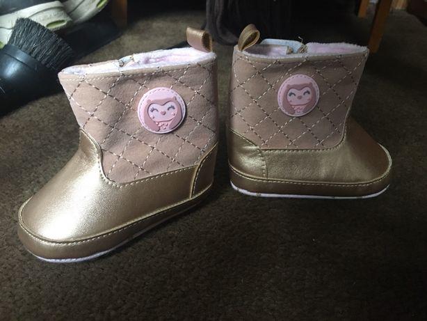Butki dziecięcy pierwsze buty