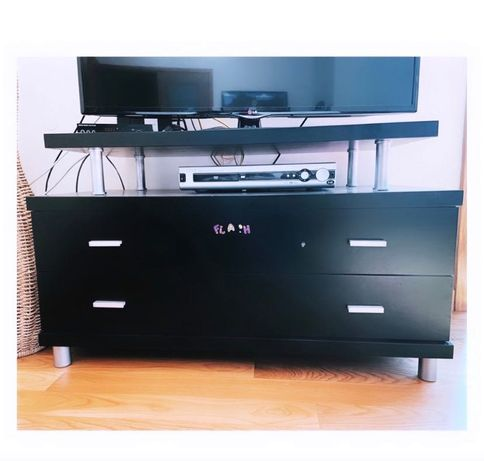 Móvel para TV usado