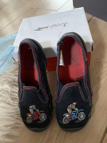 Детская спорт обувь - 29 размер