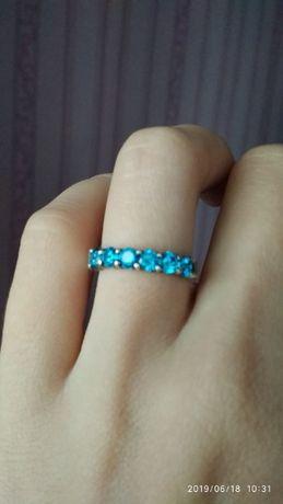 Кольцо серебро с бирюзовыми циркониями