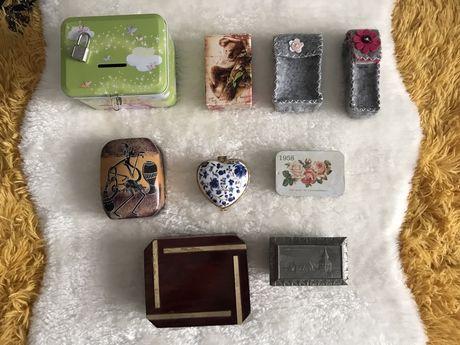 Caixas e guarda jóias em vários materiais