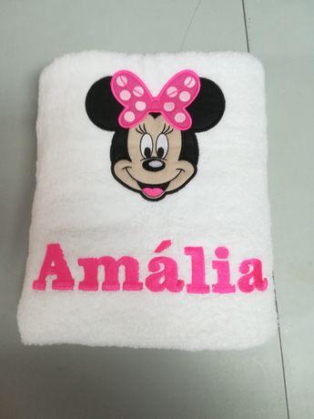 Toalha banho personalizada bordada