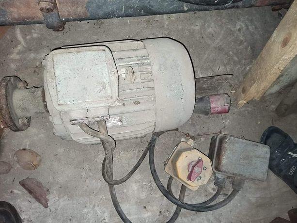 Silnik  5,5 KW + Włącznik
