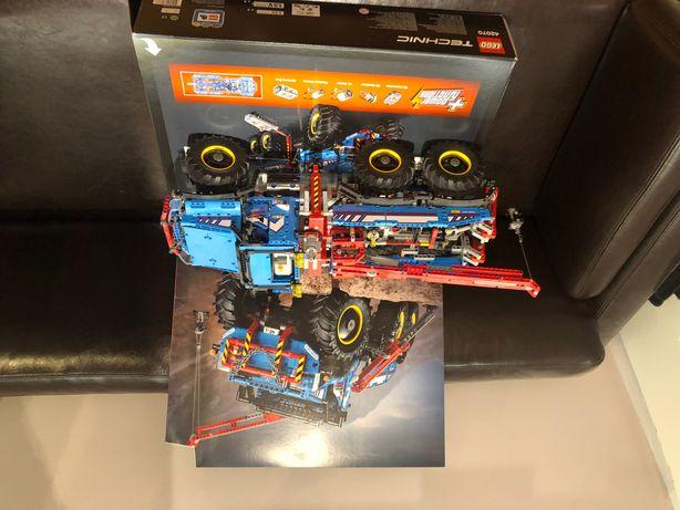 Lego technic holownik terenowy 42070 - stan idealny