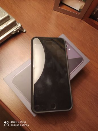 iPhone 8+ черного цвета
