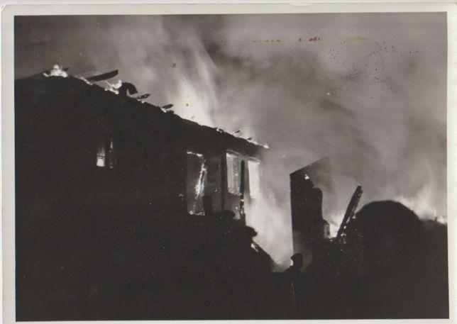 Stare zdjęcie wehrmacht Wrzesień 1939 Dym i Płomienie