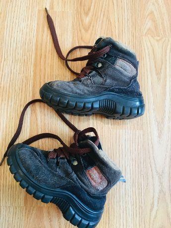 Зимове взуття р. 24 для хлопчика