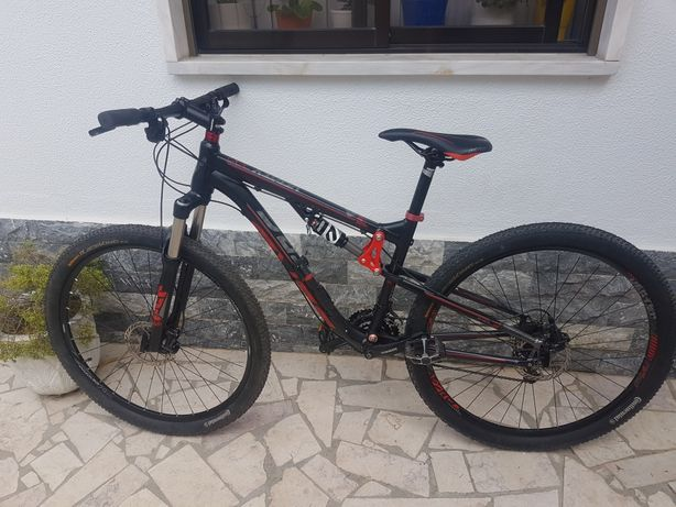 Bicicleta Berg vertex 200