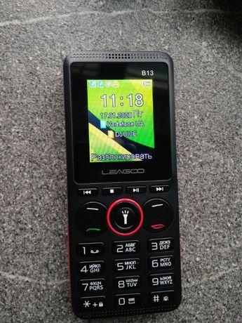 Кнопочный мобильный телефон Leagoo B13 на 2 сим карты, MP3, microSD